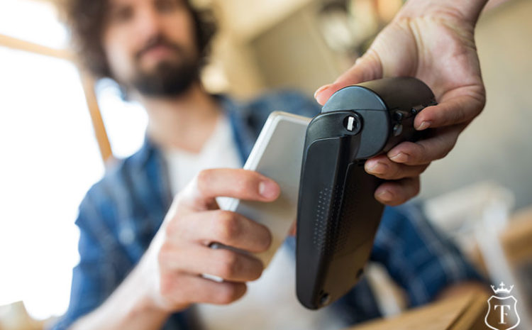 Online banking at your fingertips: mobile apps and the evolution of banking services